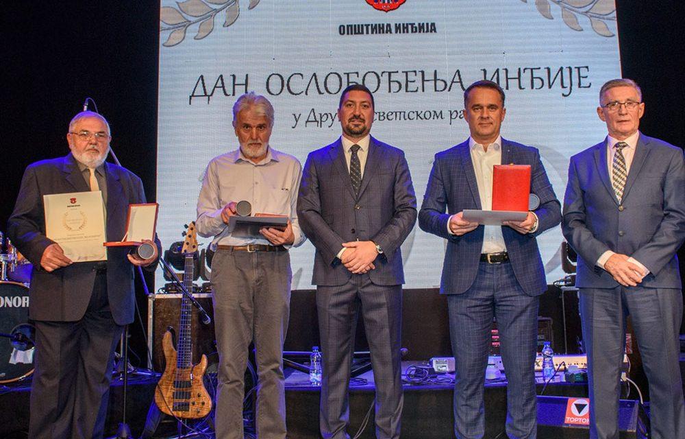 https://plastikgogic.rs/wp-content/uploads/2021/02/Oktobarska-nagrada-za-kompaniju-Plastik-Gogic-1-1000x640.jpg